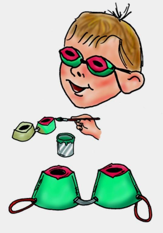 Grün bemalte Brille aus Eierkarton. (Quelle: Angela Richter)