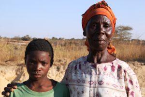 Eine sambische Mutter mit ihrem Sohn. (Quelle: Christian Herrmanny)