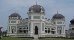 Die große Moschee in Medan. (Quelle: Wikimedia Commons/Daniel Berthold)