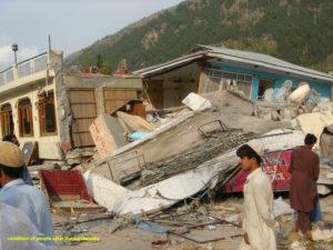 Zerstörte Häuser nach einem Erdbeben. (Quelle: Kindernothilfe-Partner)