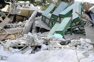Bei dem Erdbeben 2010 wurden auch Kindernothilfe-Schulen zerstört. (Quelle: Benjamin Weinkauf/BILD)