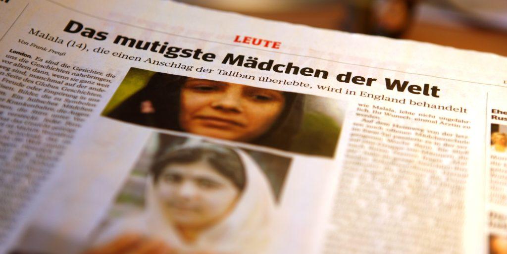 Eine Seite aus der Zeitung WAZ - mit einem Artikel über Malala, das mutigste Mädchen der Welt. (Quelle: WAZ)