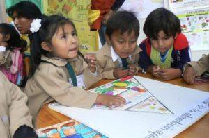 Grundschulkinder im Unterricht. (Quelle: Kindernothilfe-Partner)