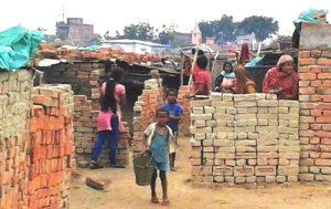 wissen-projekte-indien-dalits-stefan-ernst-knh733781