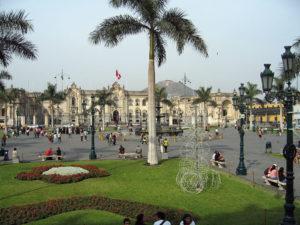 Der Palacio de Gobierno in Lima. (Quelle: Entropy1963-Eigenes-Werk-Public-domain-via-Wikimedia-Commons)