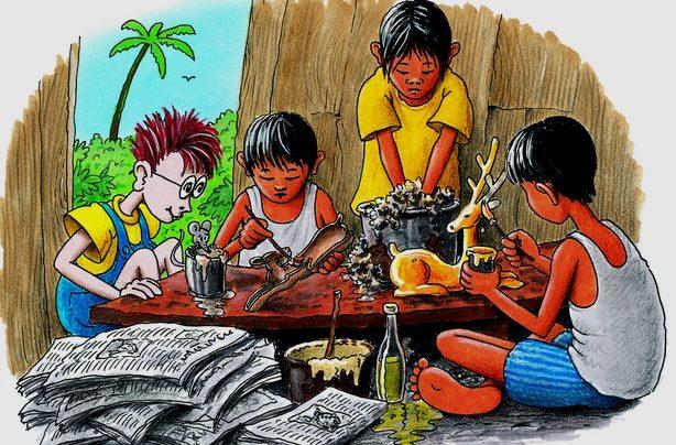 Robinsoin schaut zu, wie philippinische Kinder Tiere aus Pappmaschee machen. (Quelle: Peter Laux)
