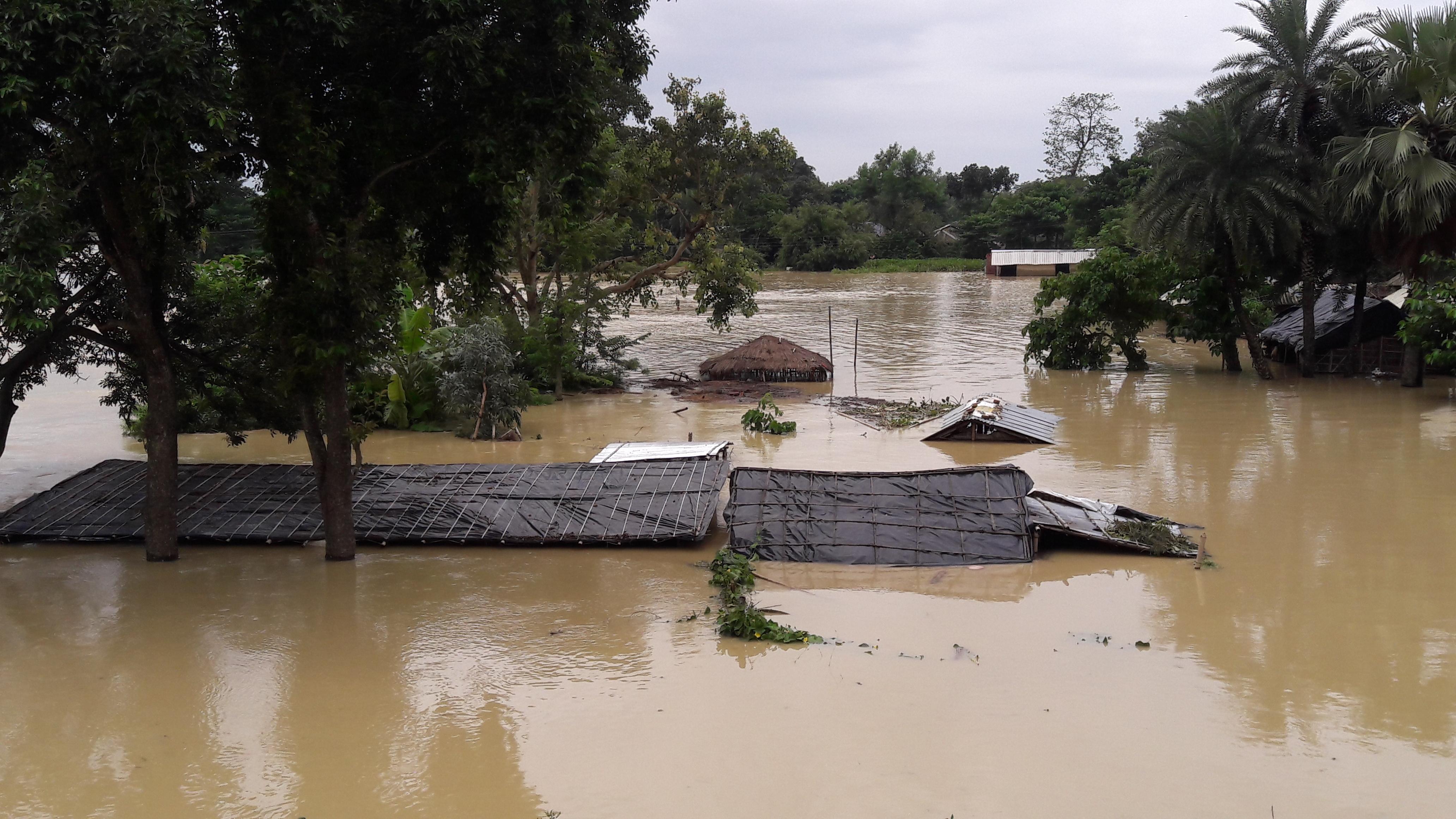 Alles, was die Familien besaßen, ist in den Fluten untergangen. (Quelle: Kindernothilfe-Partner)
